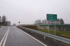Na skrzyżowaniu z ul. Gietrzwałdzką jedziemy w prawo w stronę Tomaszkowa/Dorotowa